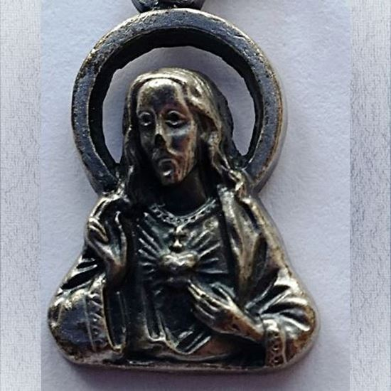 Picture of Sacred Heart medal